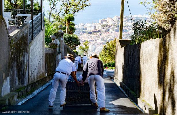 Korbschlittenfahrt Funchal, Madeira