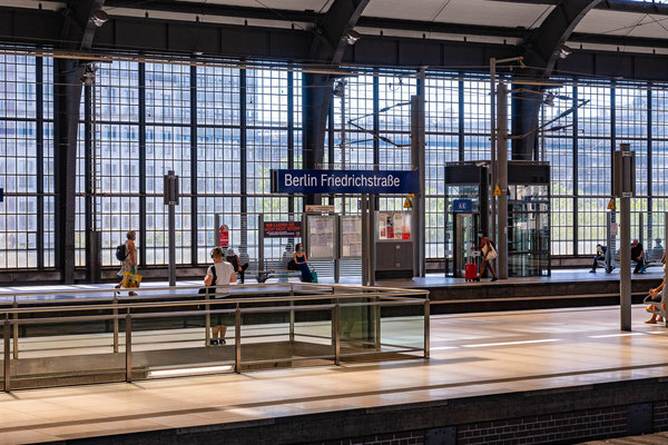 Bahnhof Friedrichstr. 16.8.2020
