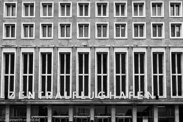 Die Haupthalle am Flughafen Berlin Tempelhof