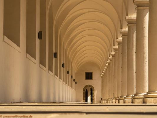 Säulengang im Dresdner Stallhof - Normalansicht