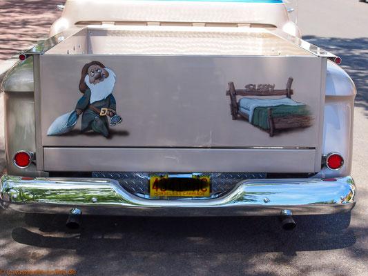 Oldtimer-Pickup mit Aussage, gesehen in Santa Fe/USA