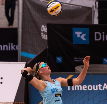Beachvolleyball Juni 2019 - hier Anna Behlen