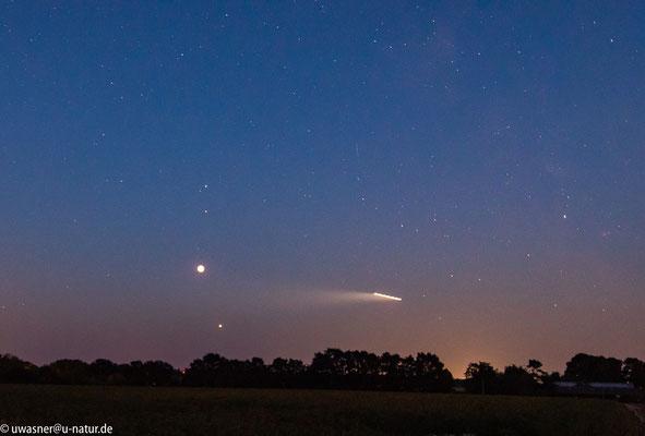 Mondfinsternis um 23:11 Uhr in Neerstedt oder: so entstehen UFO-Bilder :-)