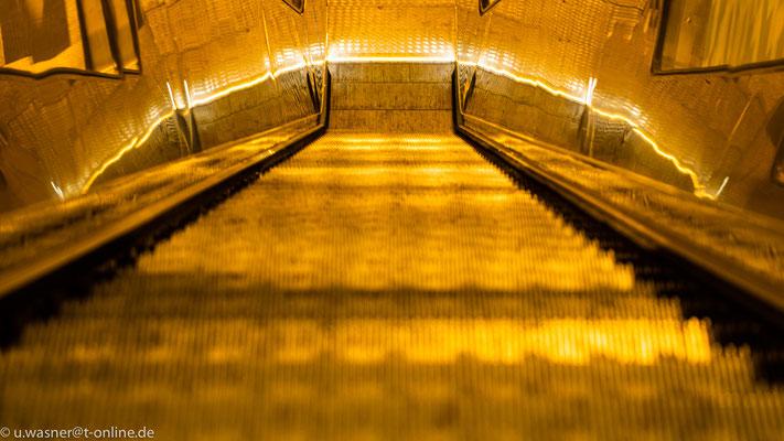 Rolltreppe an der Hermannstr. mal anders