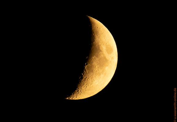 Mond am 16.08.2018 um 21:42 Uhr über Rostock