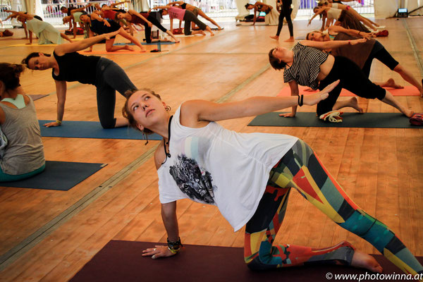 Yoga Dance Festival Yuna Workshopleiter: Suzanne Freiherz