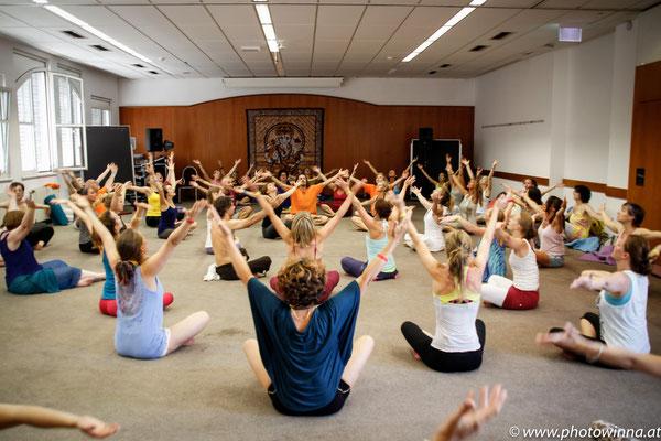Yoga Dance Festival Shakti Dance Workshopleiter: Sonja Roessler