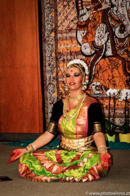 Yoga Dance Festival Indischer Tanz Workshopleiter: Bhakti Devi