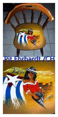der wunderschöne Stuhl von Pit Ehrhardt - steht zur Zeit in der Galerie Dorfträff Opfikon