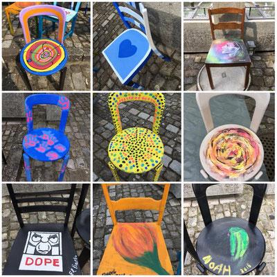 einige der Stühle unseres Gestaltungsprojektes in der Galerie Dorfträff Opfikon 2018