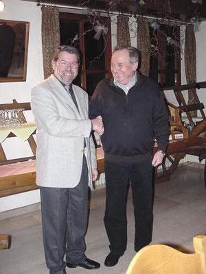 Von 1989 übernahm Karl Joos (links) von Paul Link die Leitung des TC Steinach. Karl Joos war bis 2000 erster Vorsitzender.