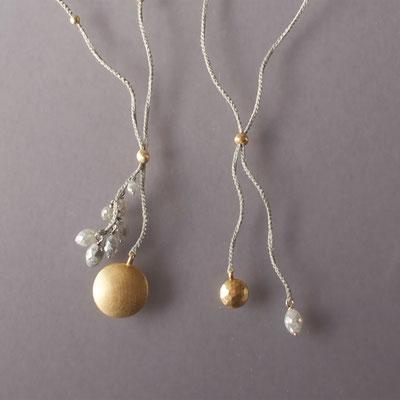 Colliers 750er Gold, graue Diamanten, Polyestergarn