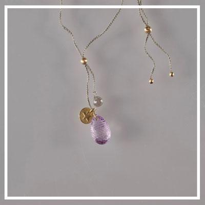 Collier, 750er Gold, gravierter Amethyst, grauer Diamant