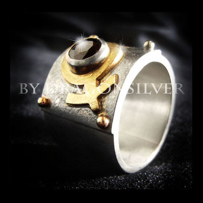 Ring Venus - Gelbgold - Sterling Silber - Granat