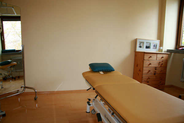Behandlungszimmer Osteopathie Praxis Harlaching Giesing Grünwald