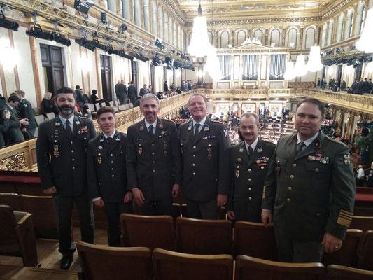 Abordnung mit dem Herrn Militärdekan