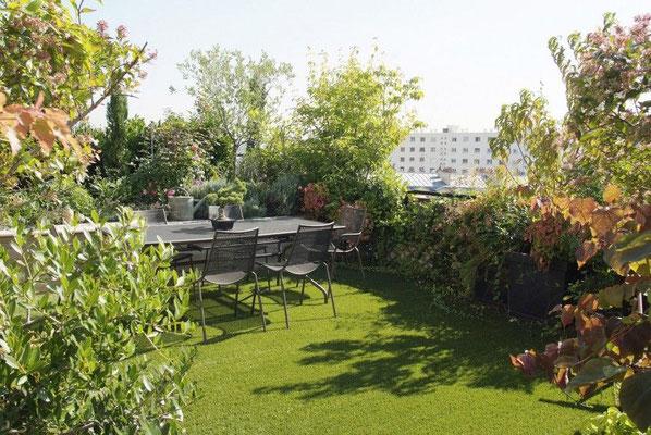 Conception terrasse en ville © Horticultureetjardins