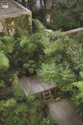 Terrasse suspendue © Hugues Peuvergne