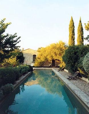 Piscine provençale © DR
