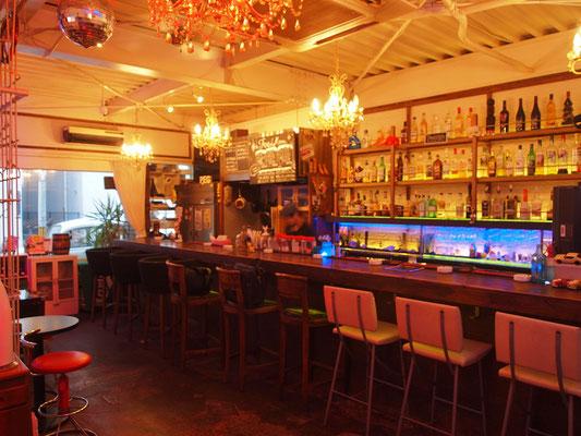 Cafe&Bar Peg の店内