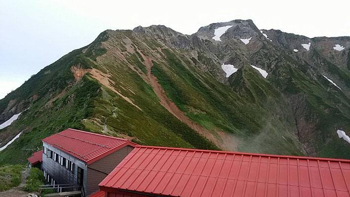 雨あがりの五竜岳