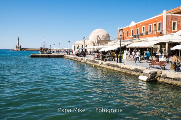 Venezianischer Hafen Chania mit Janitscharen-Moschee