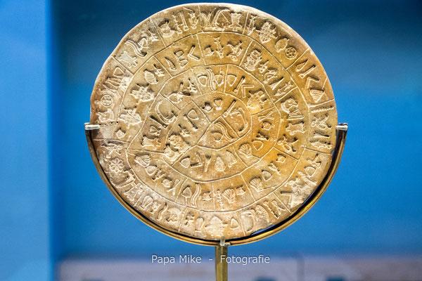 Phaistos Disc - Archäologisches Museum Heraklion