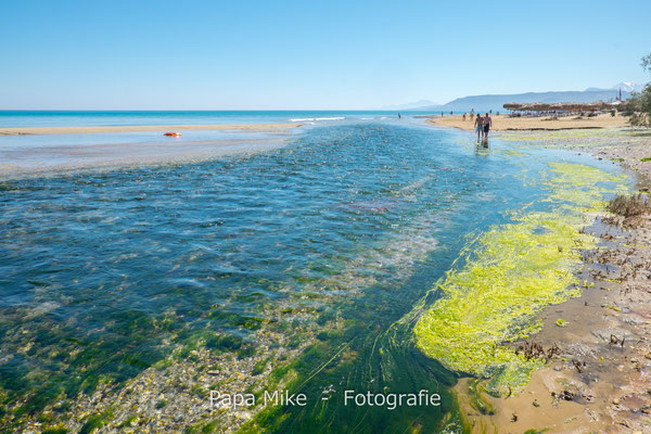 Süßwassermündung am Strand von Georgioupoli