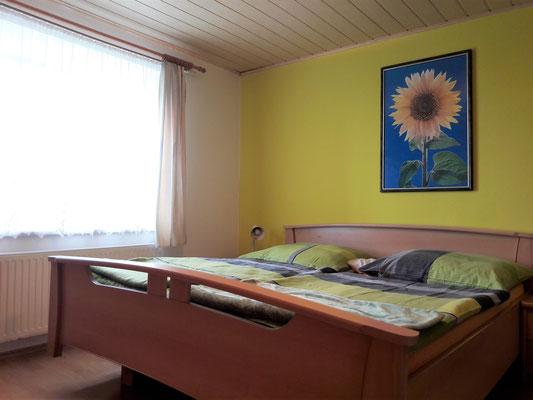 Doppelbett-Schlafzimmer (c) Maria Felhofer | web-maria.com