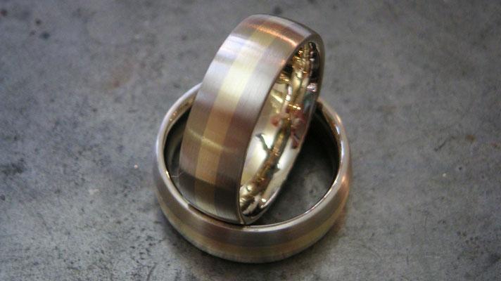 Zur Silberhochzeit handgearbeitete Unikate aus altem Material mehrfarbig