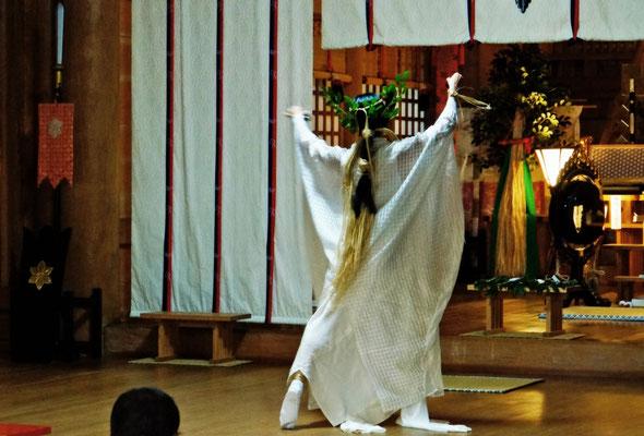 徳島県鳴門市大麻町     大麻比古神社式典  2013年10月5日
