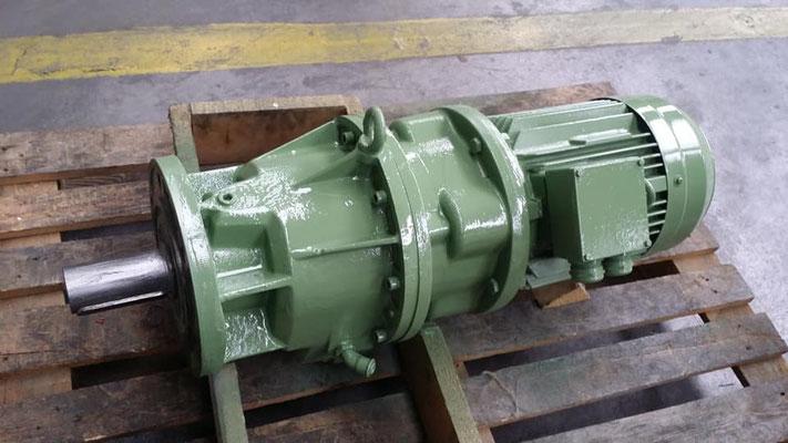 motor y reductor JiV - Piñón y engranaje