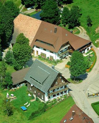 Luftbild vom Jörgenhof in Breitnau