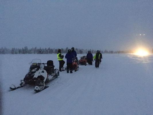Pause mitten auf dem See Ylläsjärvi, wunderbar!