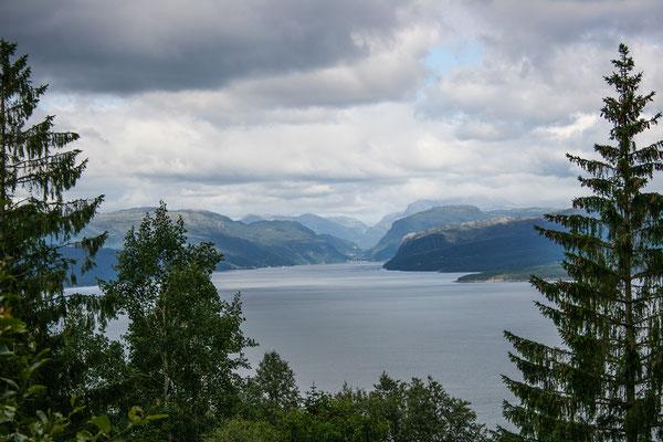 Die Wanderung zum Skålafjell - schöne Ausblicke unterwegs