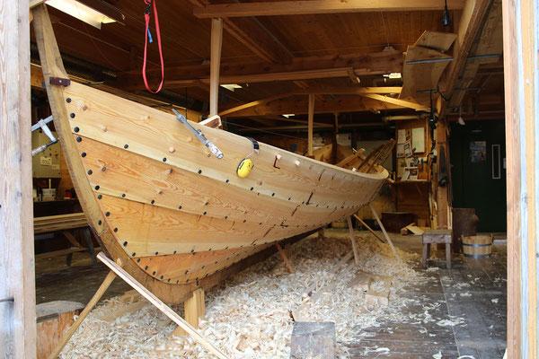 ...wunderschöne Boote gebaut...