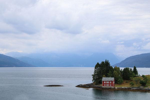 Das wohl meistfotografierte Haus am Hardangerfjord...