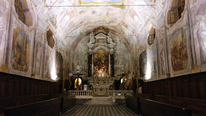 Chiesa San Pietro - Interno notturno