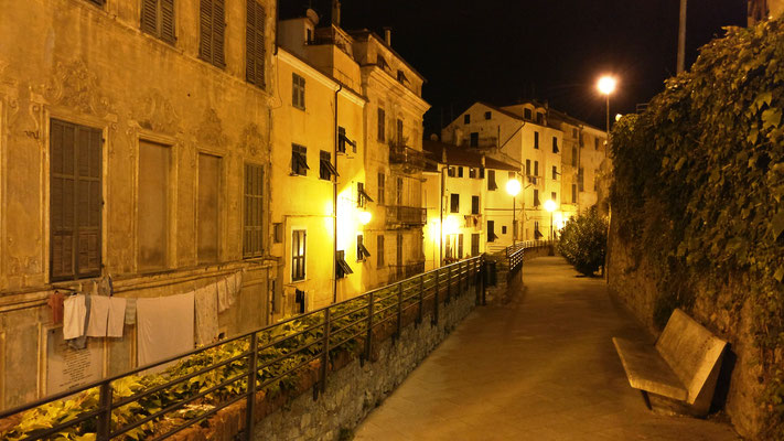 Parasio at night