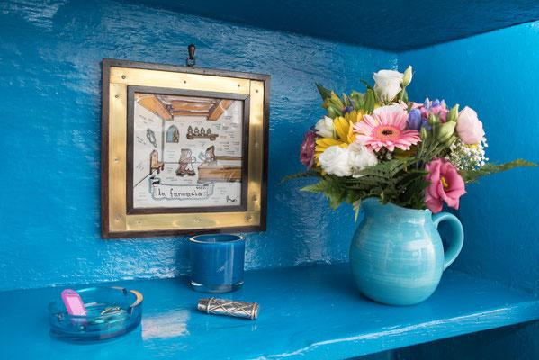 Sala - Fiori e varie sfumature di blu