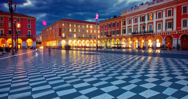Place MAssena, the very centre of Nice, now completely pedestrian