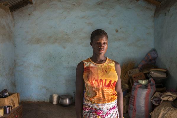 """Images adolescentes - """"Les Passeurs du réel"""" © François Struzik - simply human - Benin"""
