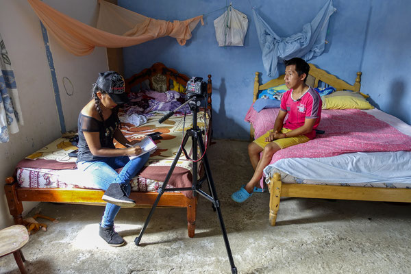 Working with Young reporters for Plan International Belgium, Nathaly, Ecuador © François Struzik - simply human 2017