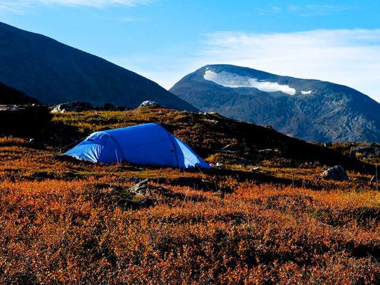 Hiking on Kungsleden- Lappland - Sweden - © François Struzik - simply human 2014 - Alesjaure