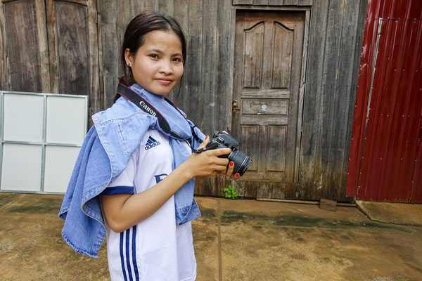 Working with Young reporters for Plan International Belgium, Phayl, Cambodia © François Struzik - simply human 2017