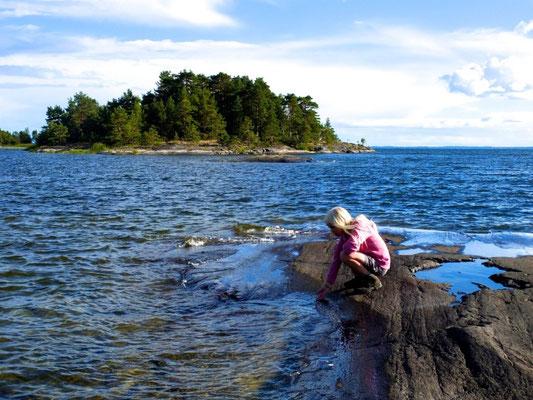 Paddling in Dalsland - Sweden - © François Struzik - simply human 2013