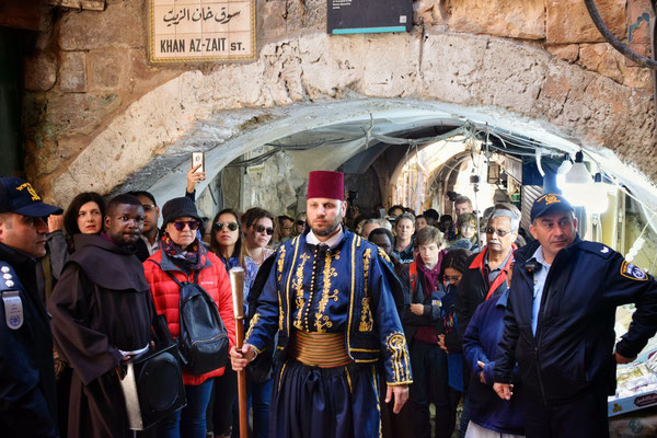 Via Dolorosa, procession des Frères Franciscains, Jerusalem © Olga Struzik Pränting, 2019