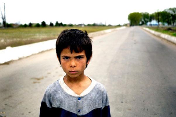 Rroma kids - Terre des hommes - Romania © François Struzik - simply human 2008