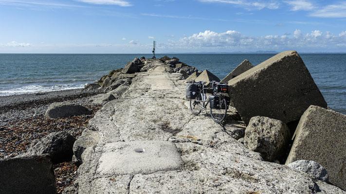 Cycling coast to coast - England, United Kingdom  © François Struzik - simply human 2018 - Cumbria - Workington