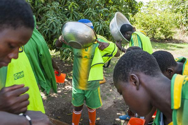 Female football team in the Atakora, supported by Plan Belgium International - Benin © François Struzik - simply human 2017